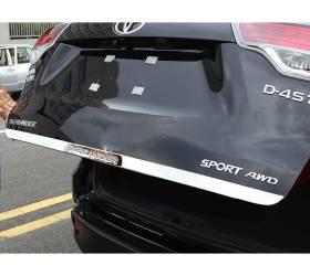 Хромированная накладка на багажник (низ) Toyota Highlander 2014+ (HL-D46)