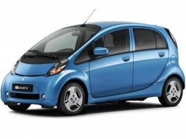 Mitsubishi начинает продажи электромобиля i-Miev