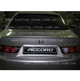 Спойлер Honda Accord 2003 (бленда на стекло)