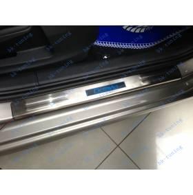 Накладки на пороги с подсветкой Skoda Octavia A5
