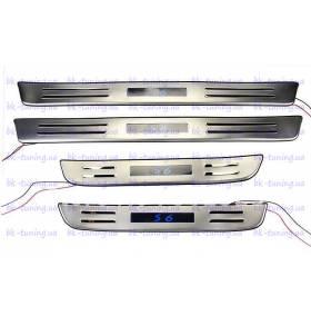 Накладки на пороги с подсветкой BYD S6 (S6-P34)