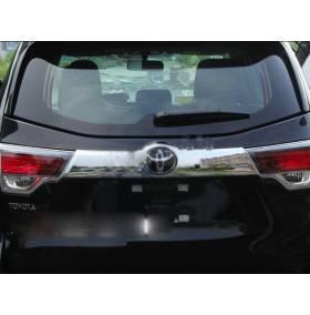 Хромированная накладка на багажник (верх) Toyota Highlander 2014+ (HL-D45)