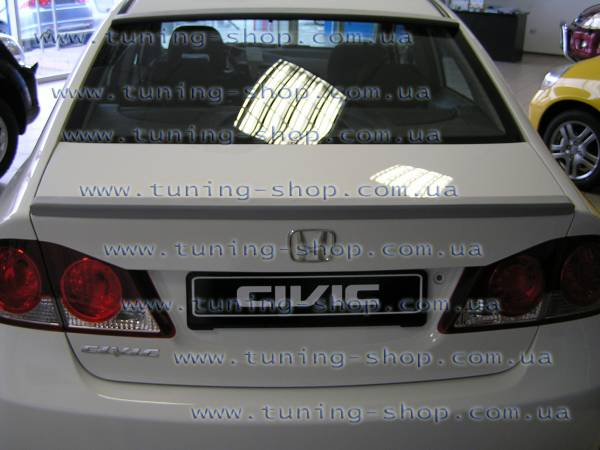 Спойлер Honda Civic 2006 Тюнинг