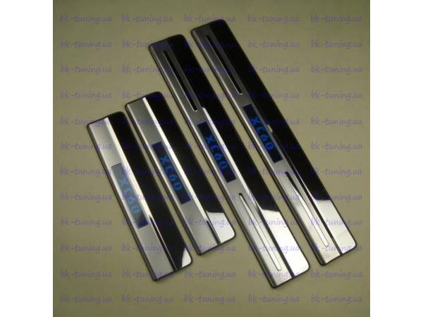 Накладки на пороги с подсветкой Volvo XC60 (XC6-P26)