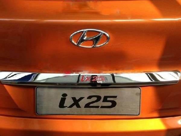 Хром на багажник (над номером) Hyundai IX25 (HX-D47)